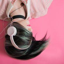 Penkių muzikos albumų apžvalgos