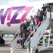 Oro uostai lyg ant sparnų – gerina rekordus
