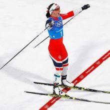 Tryliktą medalį laimėjusi M. Bjoergen pakartojo žiemos olimpinių žaidynių rekordą