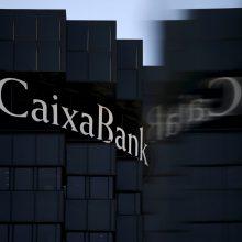 """Ispanijos bankui """"Caixabank"""" – įtarimai pinigų plovimu"""