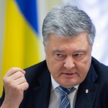 P. Porošenka pasirašė įstatymą, nutraukiantį draugystės su Rusija susitarimą