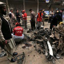 Pakistanas: automobilyje sprogusi bomba sužeidė 6 žmones