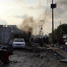 Sprogimų Somalio sostinėje aukų skaičius išaugo iki 30 žmonių