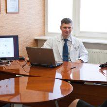 Emigrantė: lietuviai, nepatenkinti eilėmis pas gydytojus, turėtų pagyventi užsienyje