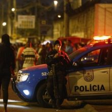 Siaubas: katedroje prie San Paulo užpuolikas nušovė penkis žmones ir nusižudė