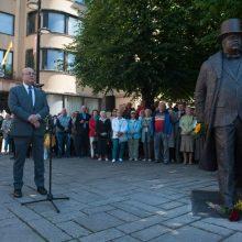 Signataro J. Vileišio dukra: Lietuva žengia teisingu keliu