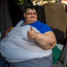Buvęs storiausias pasaulio žmogus sėkmingai meta svorį