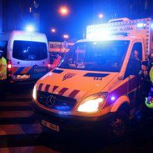 Prahoje per gaisrą viešbutyje žuvo du žmonės, septyni sužeisti