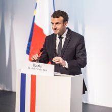 E. Macronas atmeta Korsikos nacionalistų reikalavimus