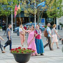 Pasigrožėkite: vilniečius džiugino spalvingas Indijos kultūros festivalis