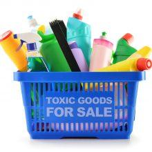 Specialistai perspėja: skaitykite buitinės chemijos etiketes