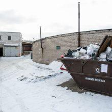 Netvarka: tenka mokėti už kitų žmonių išmestų statybinių atliekų tvarkymą.