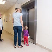 Vaikai vasarą ne tik peršąla: kartais ligas išprovokuoja ir tėvai