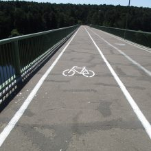 Ar ant Trijų mergelių tilto reikėjo keisti dviračių tako pusę?
