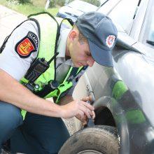 Policijos reidas be staigmenų: girti ir be vairuotojo pažymėjimų