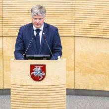 Dėl ministro K. Navicko likimo – kol kas lygiosios