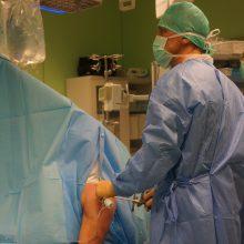 Po endoskopinės operacijos kauniečiui visiškai atkurta sąnario peties funkcija