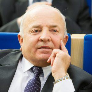 """""""Tvarkietis"""" V. Kamblevičius nedeklaravo automobilio nuomos iš farmacininkų"""