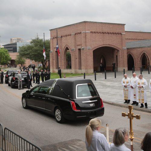 Atsisveikinimas su B. Bush   © Scanpix nuotr.
