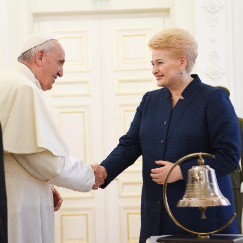 Popiežius užsuko į Prezidentūrą  © Prezidento kanceliarijos nuotr.