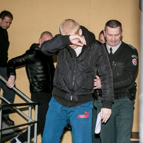 Įtariamasis išpuoliu Aleksote atvesdintas į teismą