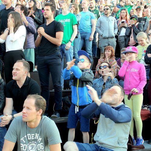 """Kauniečiai stebi Eurolygos """"bronzos"""" mačą  © Evaldo Šemioto nuotr."""