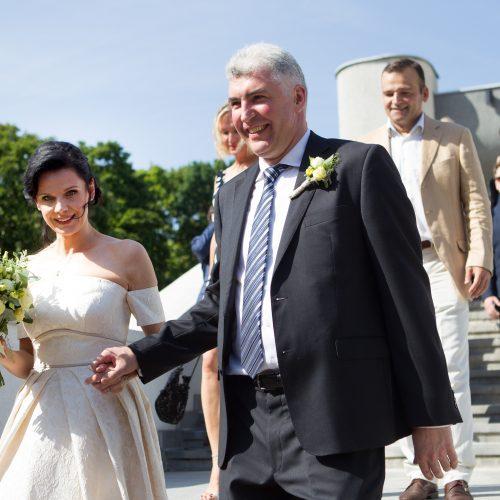 Politikos apžvalgininkas M. Laurinavičius vedė savo išrinktąją