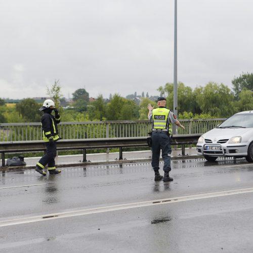 Avarija ant Mokyklos viaduko  © Vytauto Petriko nuotr.