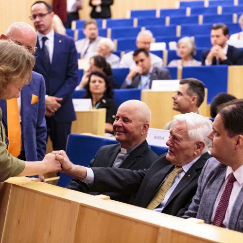 Pasaulio lietuvių bendruomenė susirinko į XVI Seimą  © Gedimino Bartuškos (ELTA) nuotr.