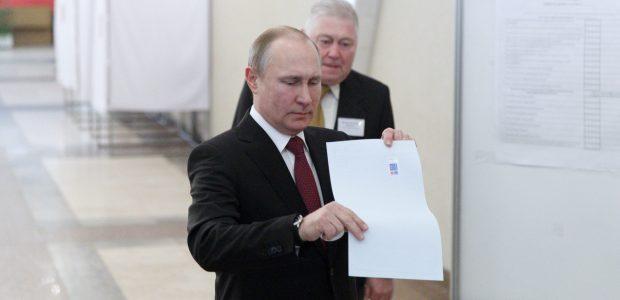 Rusijos prezidento rinkimai: V. Putinas užsitikrino ketvirtąją kadenciją <span style=color:red;>(apklausa)</span>