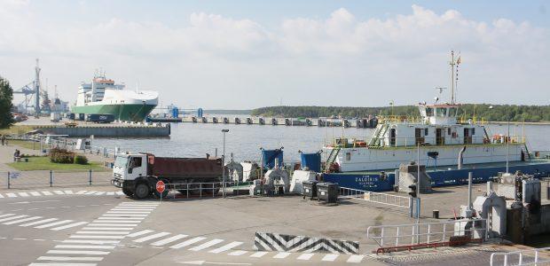 FNTT: tūkstančiai sunkvežimių neteisėtai kėlėsi į Neringą