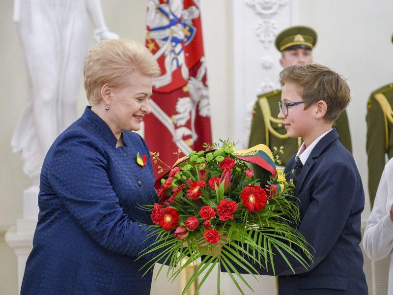 Prezidentė pagerbė signatarų atminimą