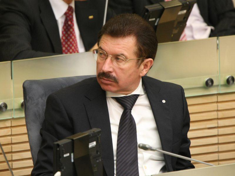 Teismas prašo leisti patraukti atsakomybėn buvusį Seimo narį R. A. Ručį