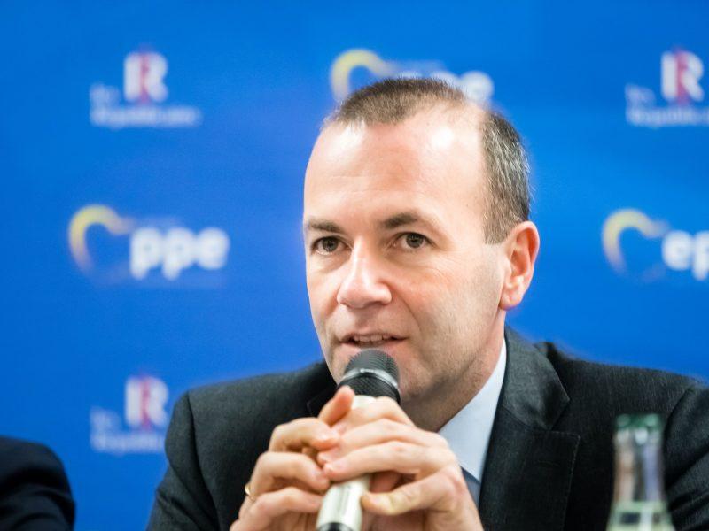 Europarlamento dešiniųjų lyderis ragina Lietuvą ginčuose su JAV pasirinkti Europą
