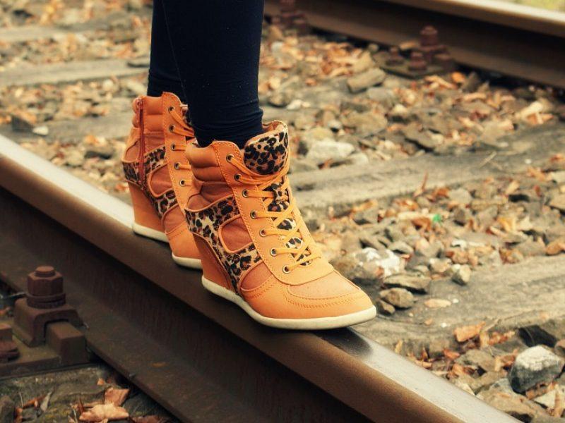 Kaip tinkamai prižiūrėti batus? <span style=color:red;>(naudingi patarimai)</span>