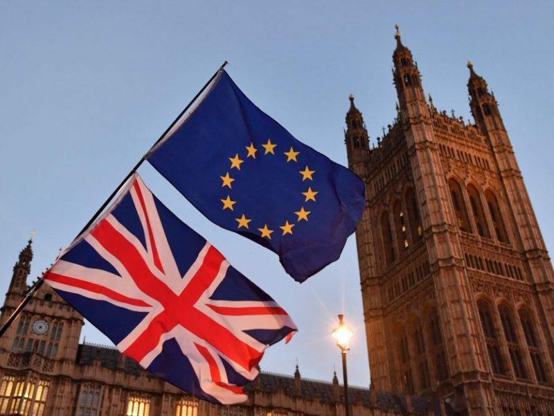 """Pesimistiškos prognozės: """"Brexit"""" turės """"baisių"""" padarinių visame žemyne"""