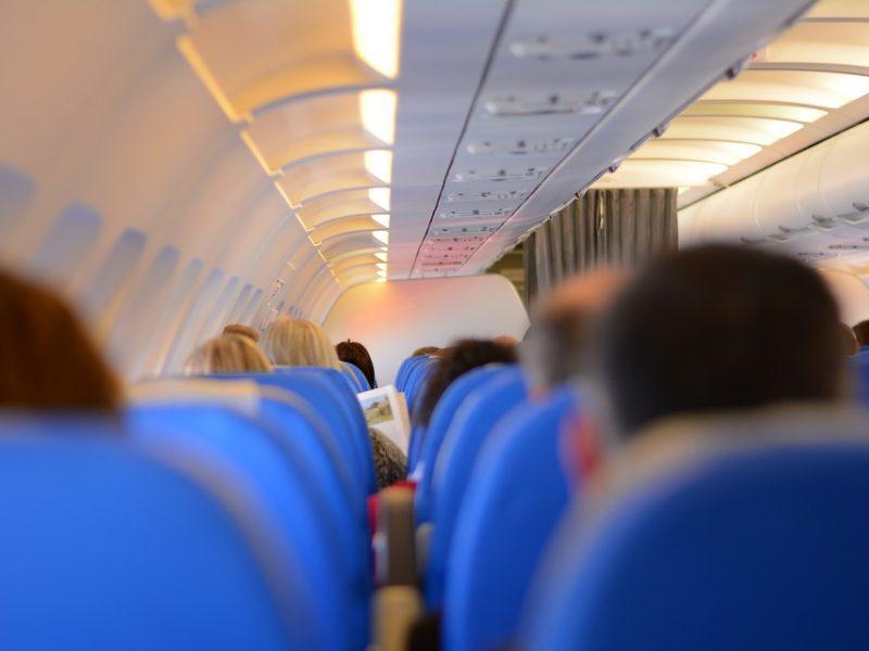 Ar skrydis vis tiek įvyktų, jei būtų parduota labai mažai bilietų?