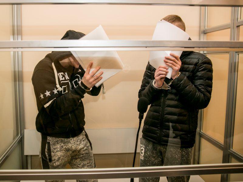 Globos namus siaubę paaugliai narkomanai išgirdo nuosprendį