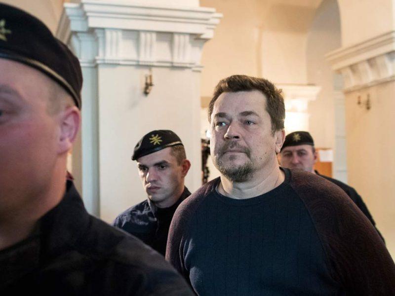 Sukčiavimu įtariamas E. Rimašauskas skundžia teismo sprendimą perduoti jį JAV
