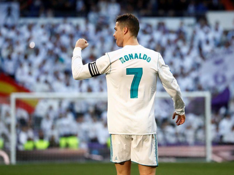 """C. Ronaldo dviem įvarčiais prisidėjo prie """"Real"""" pergalės"""