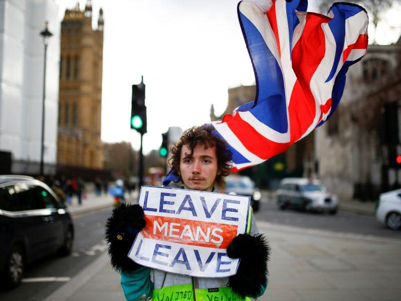 """Britų ir airių premjerai susitiks aptarti """"Brexit"""""""