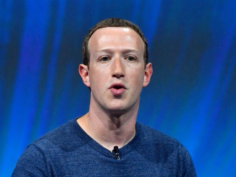"""Rusijos parlamentas į posėdį kvies """"Facebook"""" vadovą"""