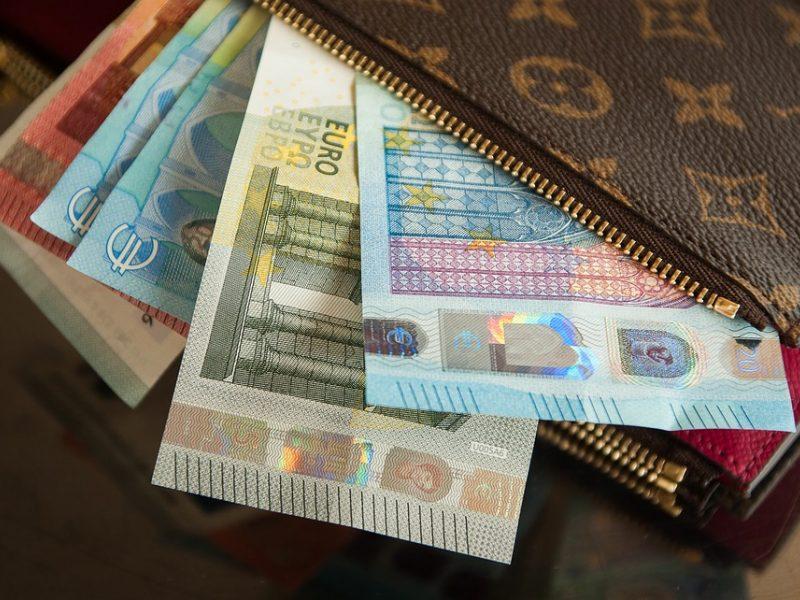 Visuotinis turto deklaravimas Lietuvoje – tik bereikalinga našta?