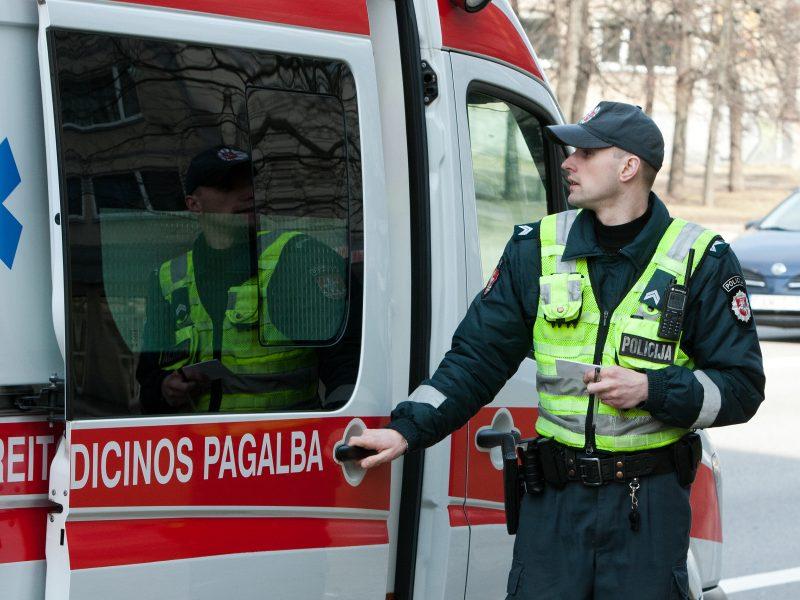 Nelaimė Vilniuje: gatvėje mirė vyras
