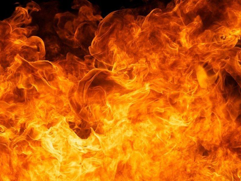 Malaizijoje per gaisrą mokykloje žuvo 25 žmonės, daugiausia – moksleiviai