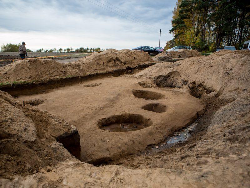 Archeologiniai kasinėjimai Pyplių piliakalnyje