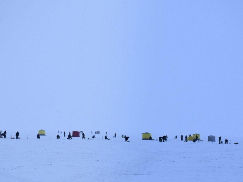 Ledas ant Kuršių marių vietomis yra pavojingas