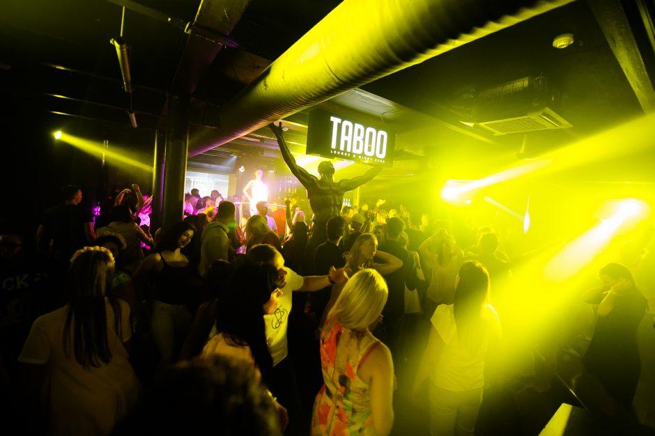 """Siautulingas vakarėlis """"Taboo"""" klube"""