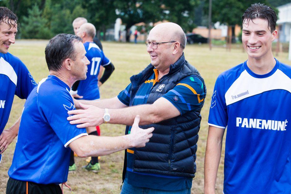 """Žaidėjams """"kalti golus"""" linkėjęs V. Matijošaitis: Kaunas tikrai neabejingas futbolui"""