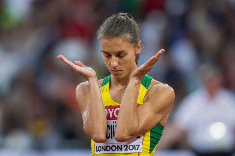 Geriausią lietuvių rezultatą per 12 metų pasiekusi E. Balčiūnaitė: bėgsiu greičiau